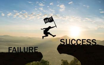 成功へ飛躍する男性